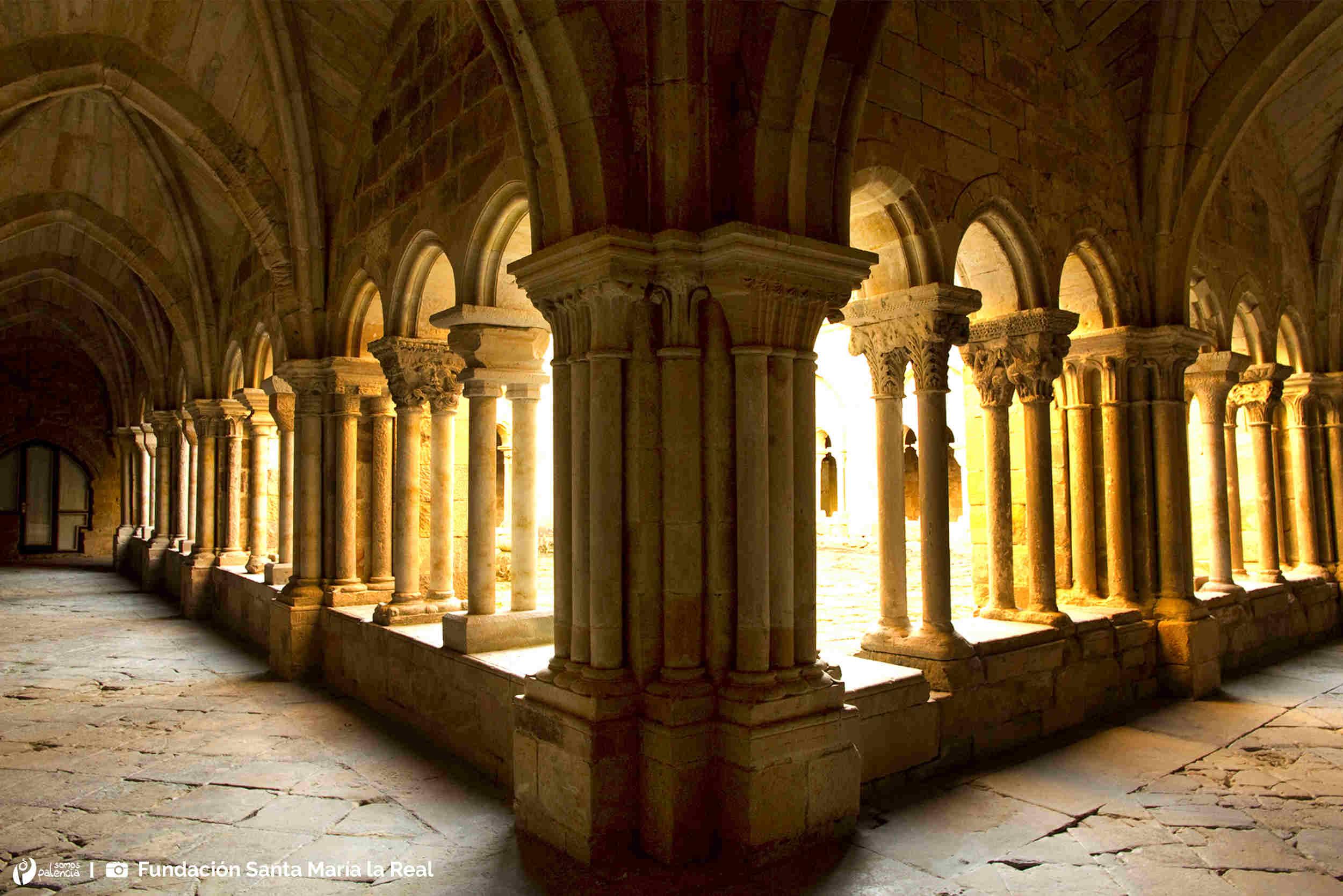 Claustro del Monasterio Santa María la Real - Aguilar de Campoo - Palencia