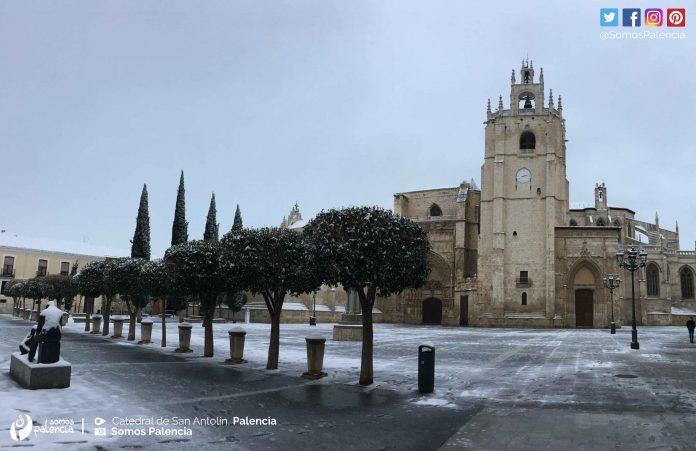 Catedral de Palencia. Nevada en Palencia 2018. Nieve. 28 de Febrero. Somos Palencia