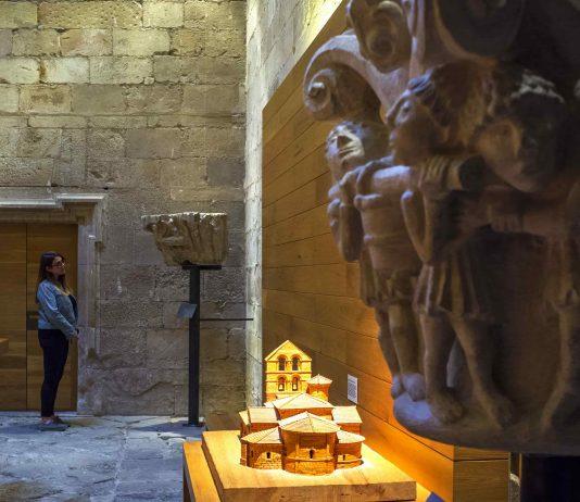 Santa María la Real abrirá sus puertas para que el público pueda ver las réplicas de varios capiteles románicos