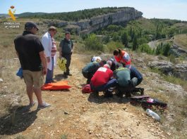 La Guardia Civil rescata a una montañera accidentada en el Cañón de la Horadada