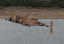 La sequía saca a la superficie el puente de Villanueva del Río en el embalse de Aguilar de Campoo