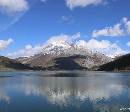 Pico Espigüete, la pirámide blanca de la Montaña Palentina